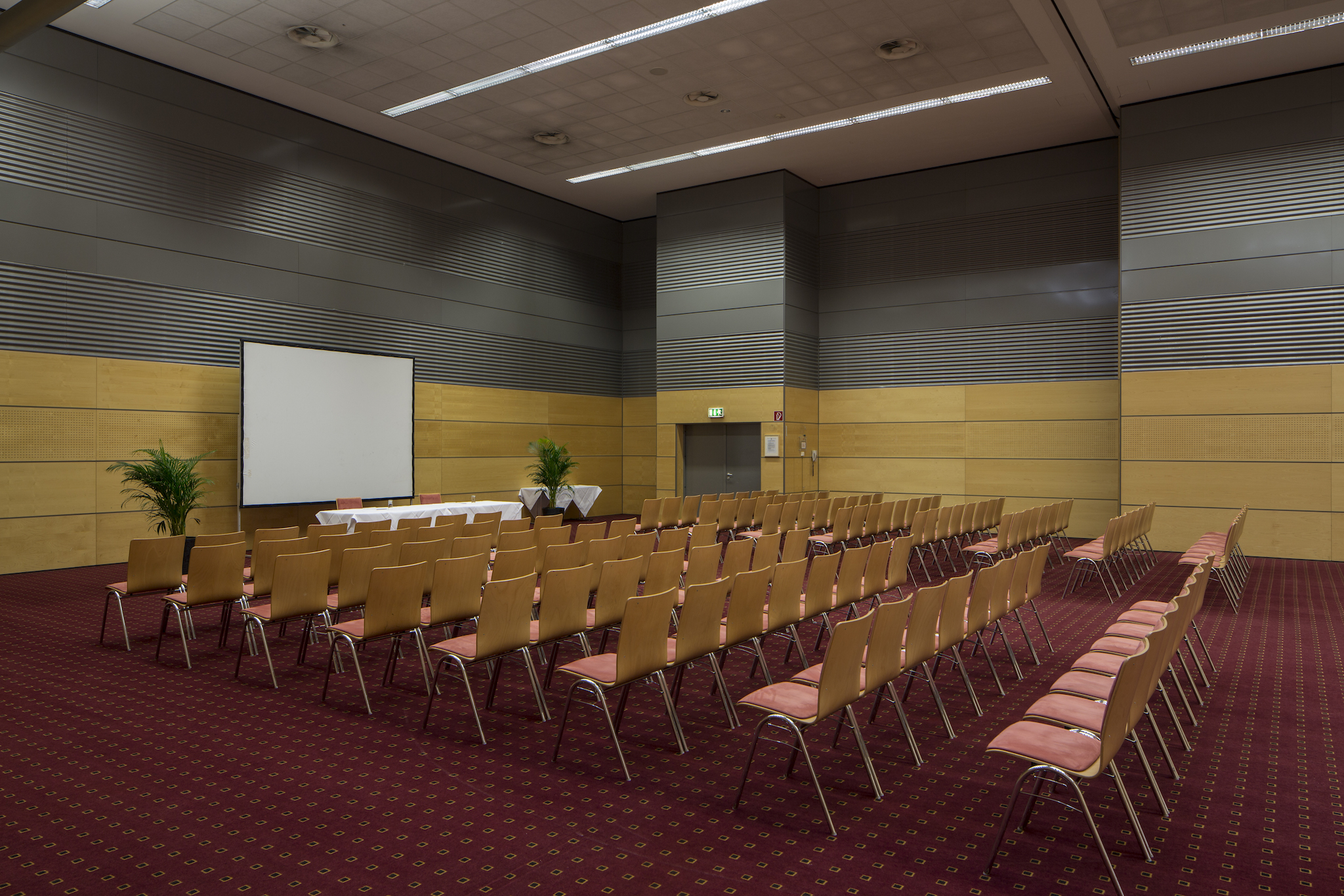Seminar room Europa Saal 6 |  Eventhotel Pyramide in Vienna